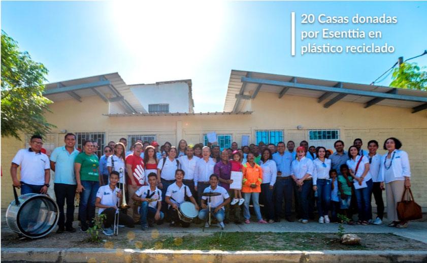 Con 49 toneladas de plástico reciclado, Esenttia entrega casas para 10 familias de Cartagena