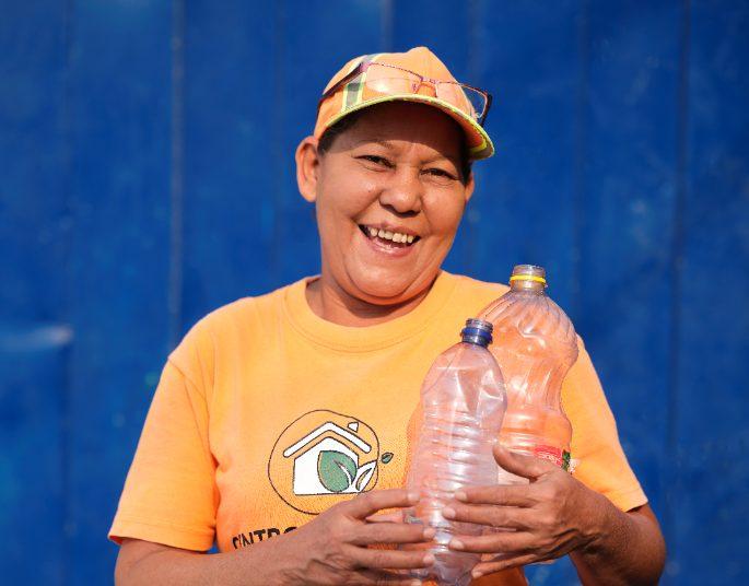 Esenttia superó este año la cifra de un millón de kilogramos de residuos plásticos recuperados a través de proyectos sociales